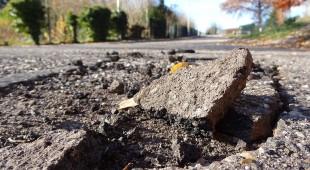 CDU gibt Wahlversprechen ab, die Landesstraßen im Untertaunus auch in den nächsten fünf Jahren weiter verrotten zu lassen